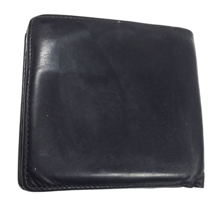 Louis Vuitton Wallet in Nomade leather