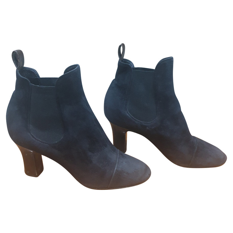 Louis Vuitton Ankle boots Suede in