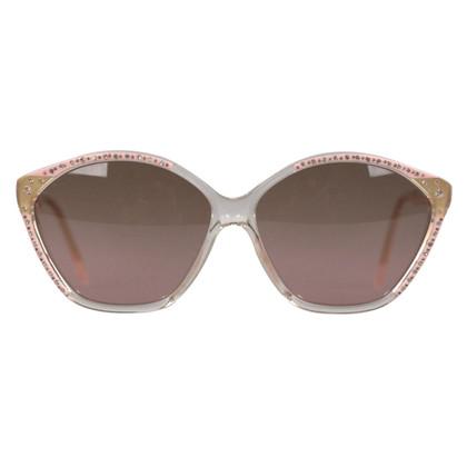Balenciaga Des lunettes de soleil