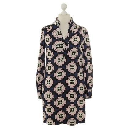 Diane von Furstenberg Silk dress with a floral pattern