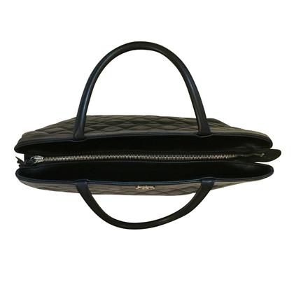 Chanel Maxi Chanel tas in zwart leer