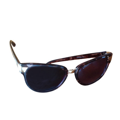 Ferre fashionable sunglasses