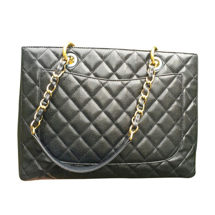 Chanel Gran Shopping Tote