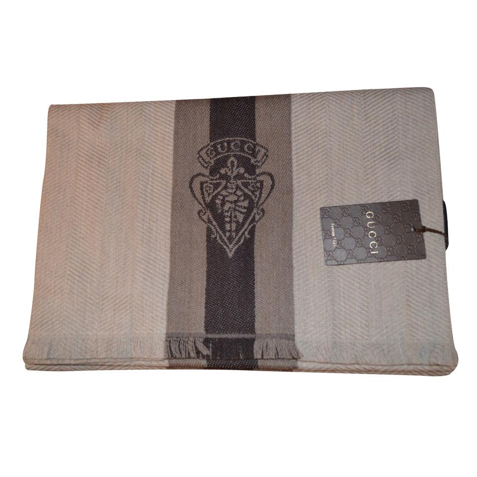 gucci schal second hand gucci schal gebraucht kaufen f r 149 00 1987422. Black Bedroom Furniture Sets. Home Design Ideas