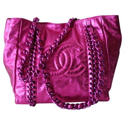 Chanel Tote Bag in Metallic-Pink