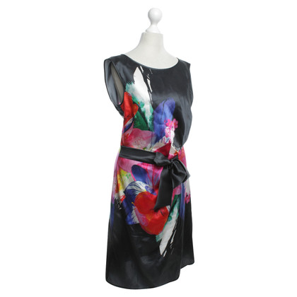 Luisa Cerano Silk dress with floral pattern