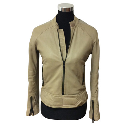 Closed leather jacket