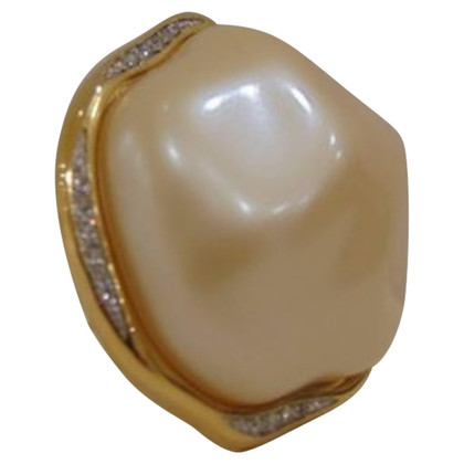 Givenchy Givenchy gold tone faux pearls pin