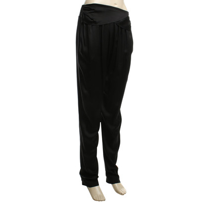 Chloé Pantaloni di seta in nero