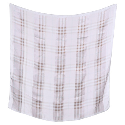 Burberry Cloth with Nova-Check pattern