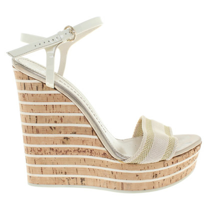 Gucci Wedges in Beige
