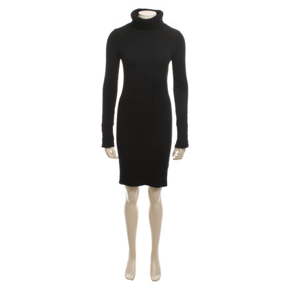 Iris von Arnim Long Turtleneck Sweater