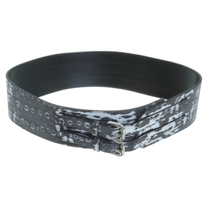 Hugo Boss Belt in reptile patterns