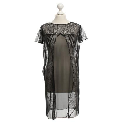 Maje robe de dentelle en noir