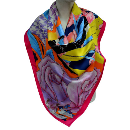 Christian Dior Silk scarf patterns