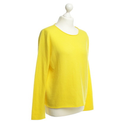 Marc Cain Cashmere sweaters in yellow