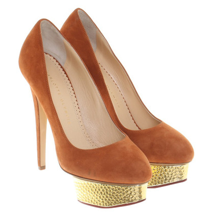 Charlotte Olympia pumps in orange