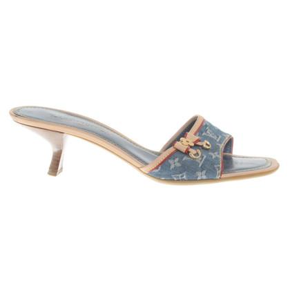 Louis Vuitton Sandaletten aus Monogram Denim