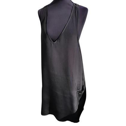 Sly 010 robe