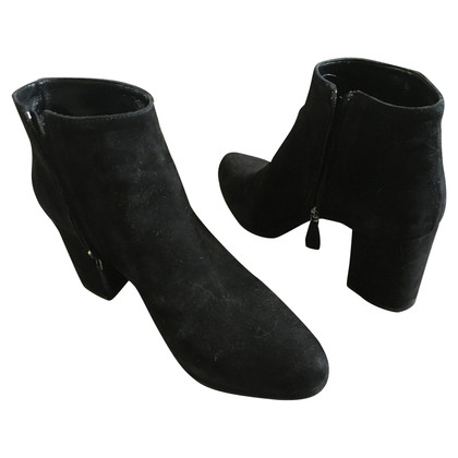 Prada ankle boots in pelle scamosciata in nero