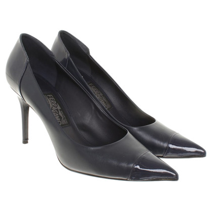 Salvatore Ferragamo pumps in blauw