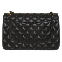 "Chanel ""Classic Flap Bag"" in Schwarz"