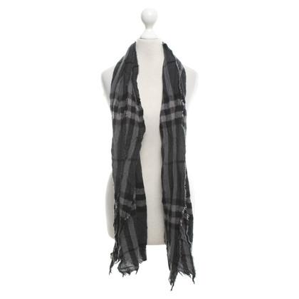 Burberry Schal in Grau