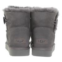 UGG Australia Stiefel mit Lammfell