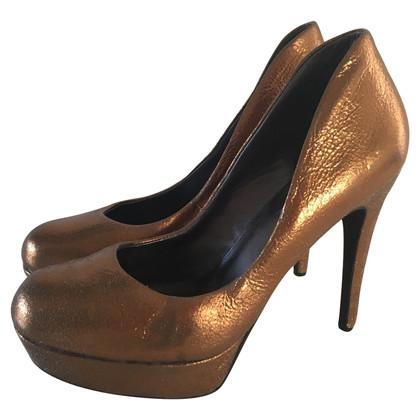 Donna Karan pumps