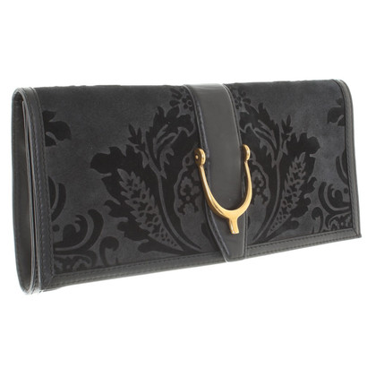 Gucci clutch with flower pattern