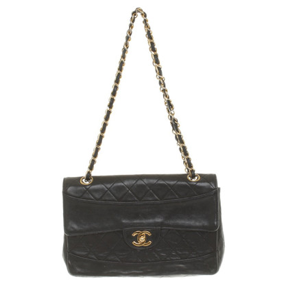 Chanel Flap Bag in Schwarz