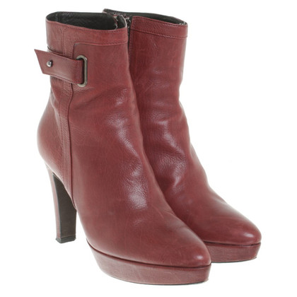 Strenesse Boots in Red