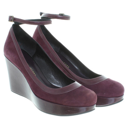 Marc Jacobs pumps a Bordeaux