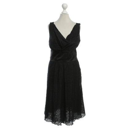 Armani Sleeveless lace dress