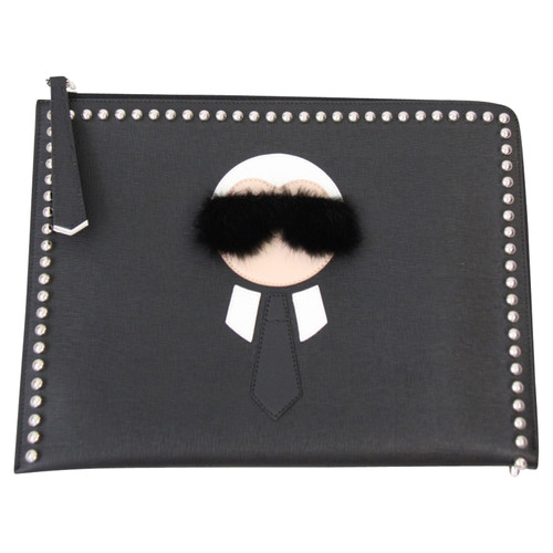 20495f735ee8 Fendi Clutch Bag Leather in Black - Second Hand Fendi Clutch Bag ...