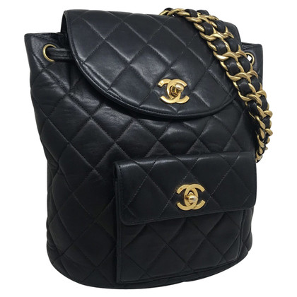 Chanel BLACK LEATHER AND GOLD METALS