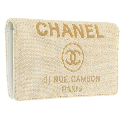 Chanel Wallet made of bast