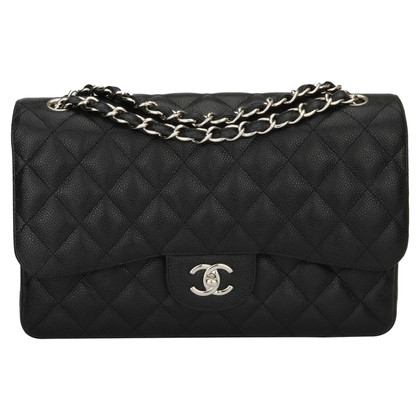 "Chanel ""Double Flap Bag Jumbo"" dalla pelle caviale"
