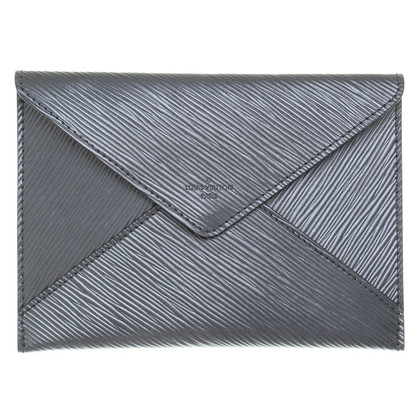 Louis Vuitton clutch in ottica busta