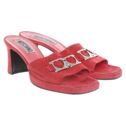 Moschino Mules in Rot