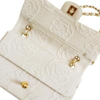 """Chanel """"Classic Flap Bag Medium"""" Met Camellia borduurwerk"""