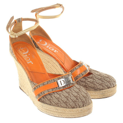 Christian Dior Wedges in Beige/Orange