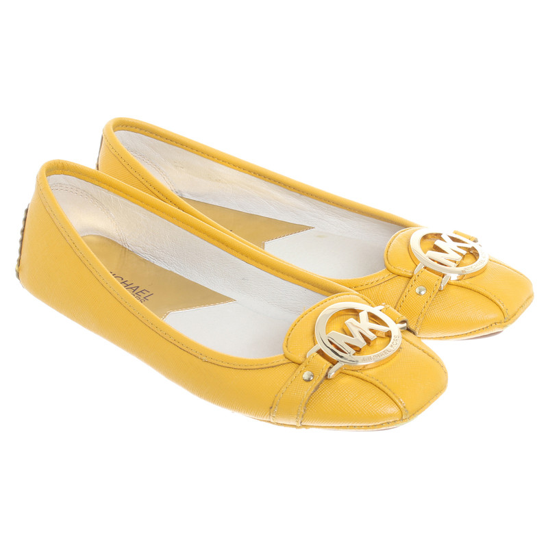 michael kors ballerinas in yellow buy second hand michael kors ballerinas in yellow for. Black Bedroom Furniture Sets. Home Design Ideas