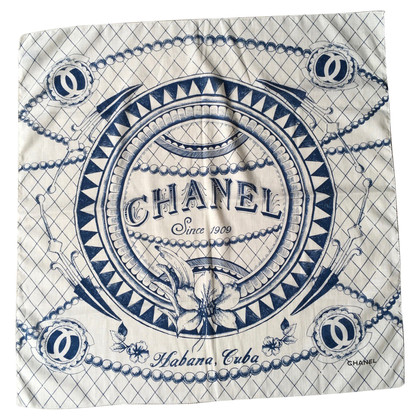 Chanel Doek met logobedrukking