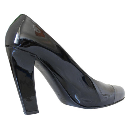 Prada Patent leather décolleté