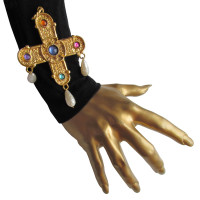 Chanel Gripoix Byzantine cross pendant / brooch