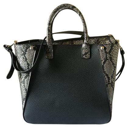 Patrizia Pepe Handbag in black