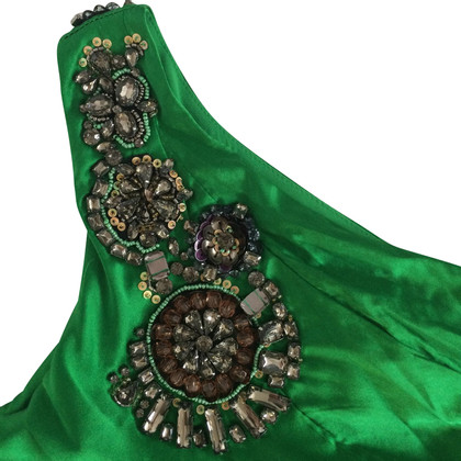 Karen Millen Satijnen jurk met juwelen