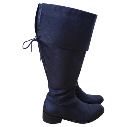 Max Mara Leather boots in black