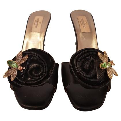 Valentino Sandaletten mit Brosche